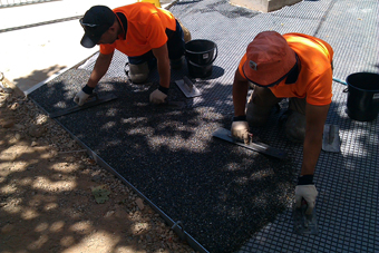 resinbound paving installation